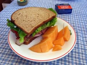 broodje gezond met meloen