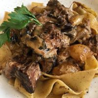 Caloriearm Diner - Boeuf Stroganoff met pasta
